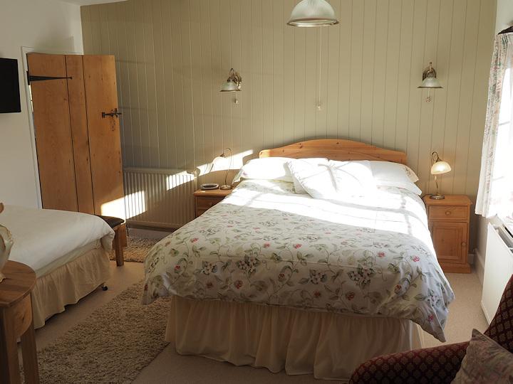 Loveton Room